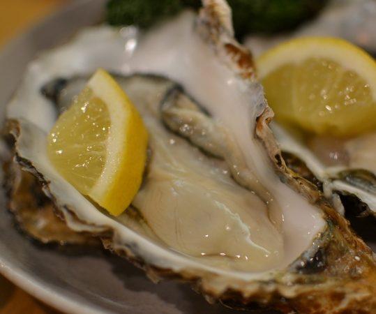 一年で一番美味しい牡蠣シーズン 4月30日まで購入分がお買い得!